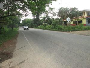 Acceso Carretera hacia La Ceiba Casa El Pino