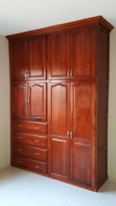 closet dormitorios casa Andalucia II La Ceiba Honduras